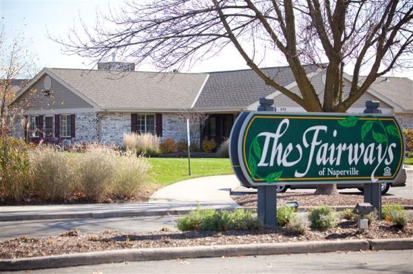 Lowe Enterprises Investors Acquires 210-Unit Chicago Area Apartment Community in Off-Market Deal