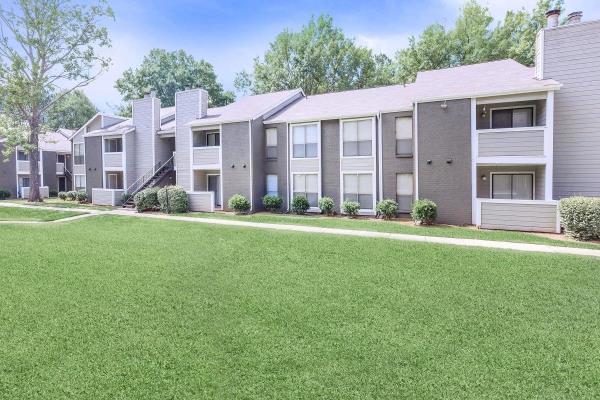 Blue Magma Residential Acquires 375-Unit Multifamily Portfolio for $14.5 Million in Huntsville, Alabama