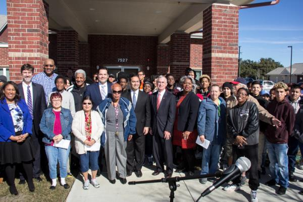 Retirement Apartment Community Celebrates Grand Opening with High-Profile Attendees in San Antonio