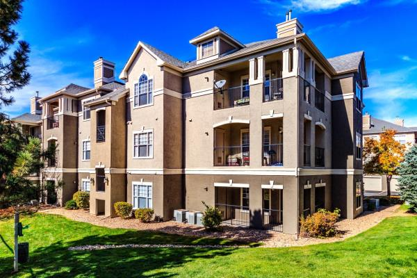 Waterton Expands Denver Footprint with Acquisition of 266-Unit Luxury Apartment Community