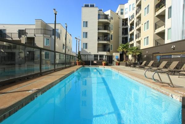 Griffis Residential Acquires 233-Unit Urban Apartment Community in Downtown Seattle Neighborhood