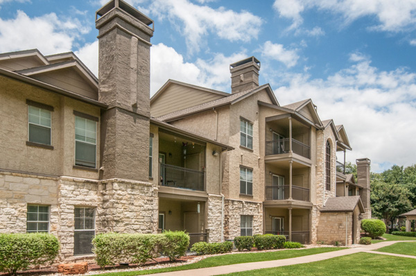 Griffis Residential Acquires 512-Unit Apartment Community in Austin, Texas for $55.5 million