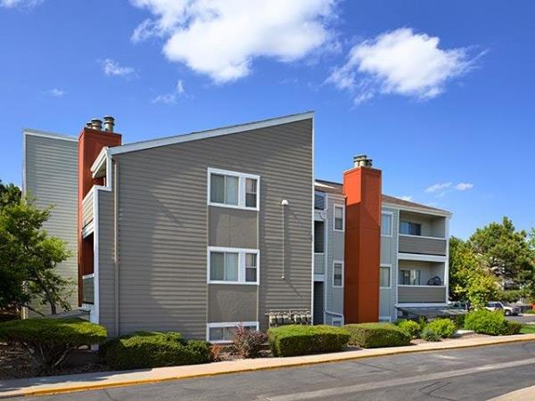 Wood Partners Acquires 420-Unit The Grove at City Center Apartment Community in Aurora, Colorado