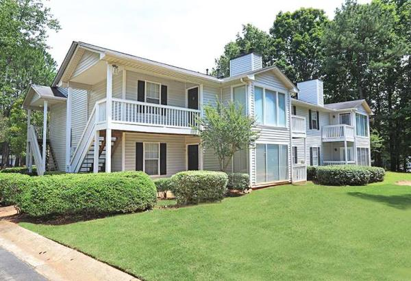 Dunross Capital Closes Its Sixth Acquisition in Georgia with 240-Unit Hairston Woods Apartments