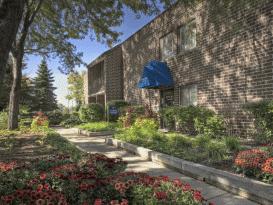 Alcion, Golub Acquire 579-Unit  Apartment Complex