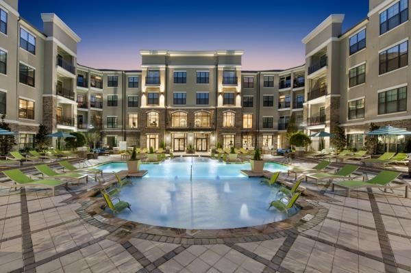 Starlight Acquires Recently Constructed 330-Unit Luxury Apartment Community in Atlanta, Georgia