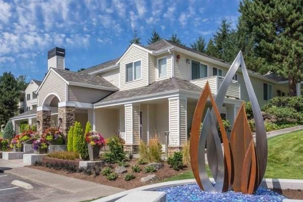 Security Properties Acquires 227-Unit Heights at Bear Creek Apartments in Seattle Metro Market