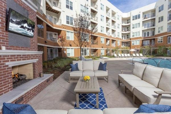 Pinnacle Awarded Management of 258-Unit Luxury Community in Heart of Denver Tech Center