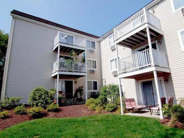 Hillcroft at Danbury Apartment Community Changes Hands for $32.25 Million in Connecticut