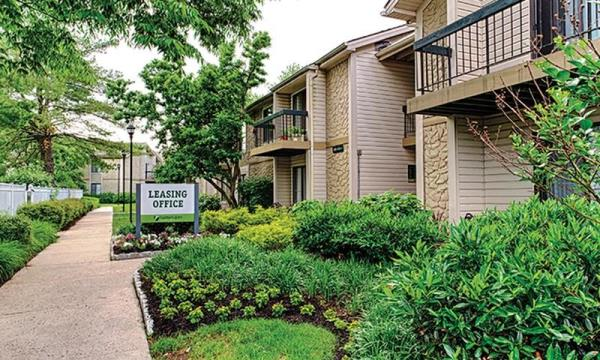 Carmel Partners Acquires 896-Unit Hunters Glen Garden Apartment Community in New Jersey