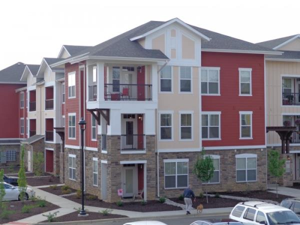 Inland Private Capital Completes Sale of Louisville Multifamily Community for $45.5 Million
