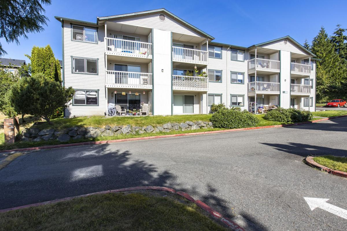 New Standard Equities Acquires Two Neighboring Apartment Communities Totaling 144-Units in Washington for $20 Million