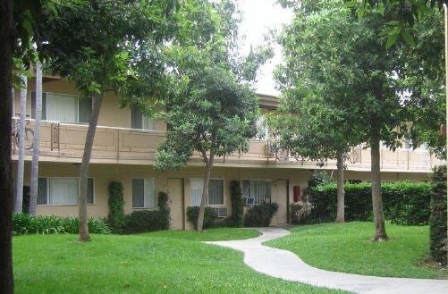 Bascom Group Acquires Southeast Los Angeles Apartment Community for $12.55 Million