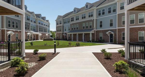 Lowe Enterprises Investors Acquires 374-Unit Apartment Community in New York Metro Area