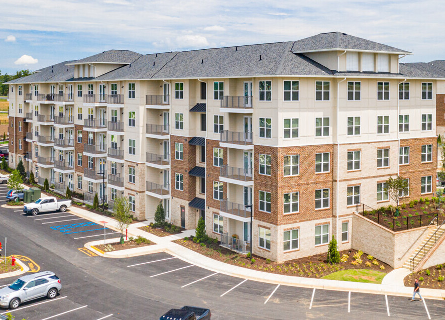 Preferred Apartment Communities Completes Acquisition of 240-Unit The Kingson Multifamily Community in Fredericksburg, Virginia