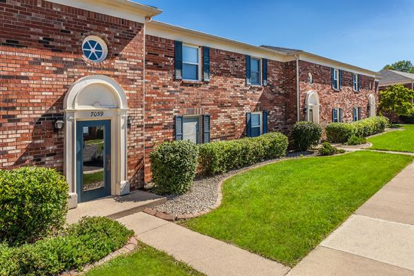 The Sterling Group and Virtus Real Estate Acquire Massive 1,261-Unit Multifamily Community in Indiana