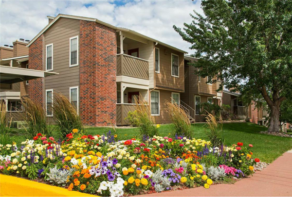 Griffis/Blessing and Freshwater Investments Acquire Colorado Multifamily Community for $41.1 Million