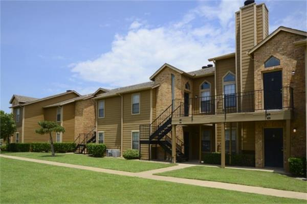 Walker & Dunlop Secures $82 Million in Bridge Financing for Two Texas Apartment Communities