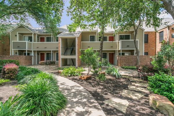 JoCo Partners and The ValCap Group Acquire Two Apartment Communities  in Austin Totaling 316-Units