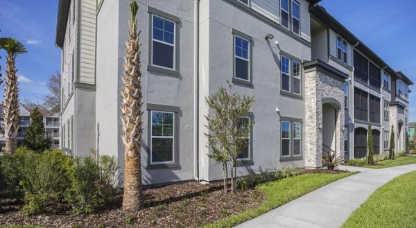 Lantower Residential Acquires 282-Unit Apartment Community in Southwest Orlando Market