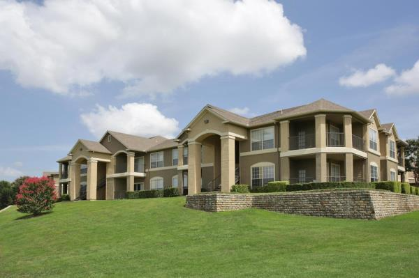 The Praedium Group Completes Disposition of 346-Unit Multifamily Community in Dallas, Texas