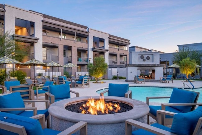 The Praedium Group Acquires 385-Unit Liv North Valley Apartment Community in Phoenix's Fast-Growing North Valley Market