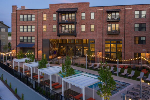 Capital Square 1031 Acquires 307-Unit Livingston Apartment Flats Community in Growing Submarket of Richmond, Virginia