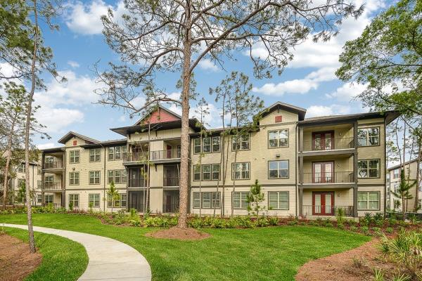 Preferred Apartment Communities Announces Acquisition of a 300-Unit Multifamily Community