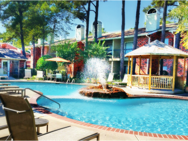 Westmount Realty Capital Acquires 257-Unit Multifamily Community in Houston, Texas