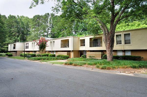 Federal Capital Partners Acquires Two Apartment Communities Totaling 369-Units in Atlanta Market