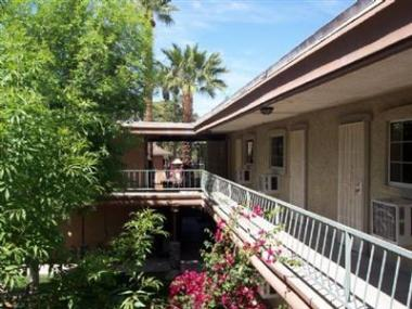 Pathfinder Partners Adds to Phoenix Area Portfolio With Acquisition of McKinley Court Apartments