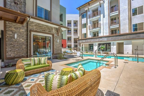 Davlyn Investments Acquires 187-Unit Transit-Oriented Multifamily Community in Riverside, California