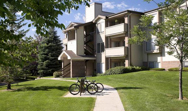 Inland Real Estate Acquires Two Multifamily Communities Totaling 405-Units in Colorado