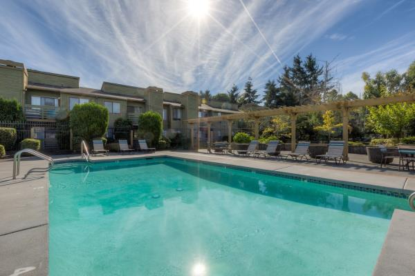 MG Properties Group Acquires Mosaic Hills Apartments in Seattle Submarket for $51.6 Million