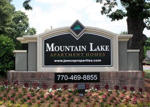 Napali Capital Announces the Acquisition of 284-Unit Mountain Lake Apartments in Stone Mountain, GA