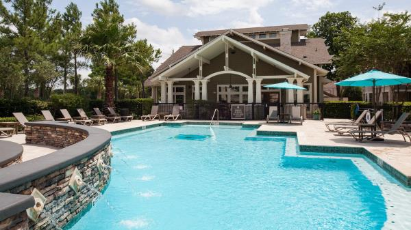 American Landmark Apartments Acquires Two Multifamily Communities in Hot Houston Market