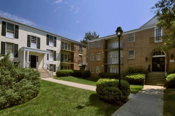 Home Properties Acquires 937-Unit Newport Village