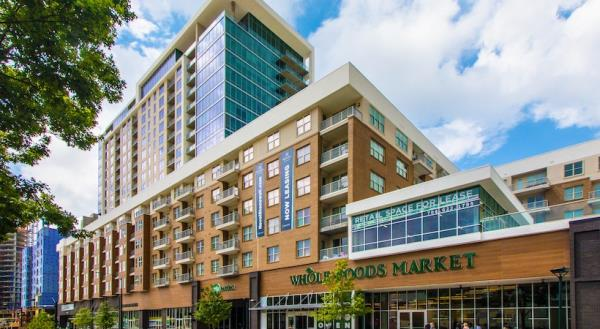 LMC Acquires Novel Stonewall Station Luxury Apartment Community in Uptown Charlotte Market