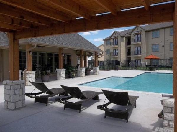 Abode Properties Grows Portfolio with Acquisition of 160-Unit Oak Hollow Apartments in Seguin, Texas