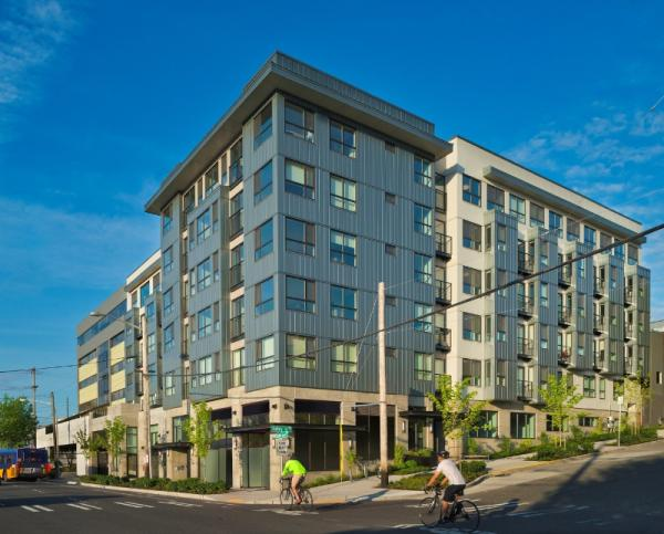 Oakwood Worldwide Continues Buying Spree with Class-A Multifamily Acquisition in Seattle