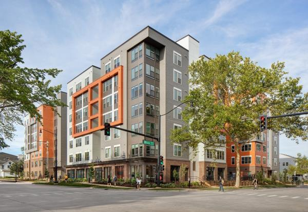 Gilbane Opens 538-Bed Student Housing Community to Serve University of Illinois Urbana-Champaign