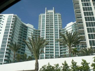 Florida's Existing Condo Sales and Price Move Up