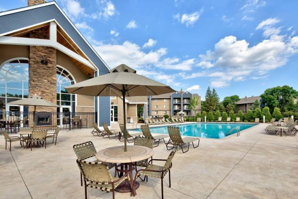 IRET Acquires 500-Unit Multifamily Community in Desirable Twin Cities Submarket for $92.3 Million