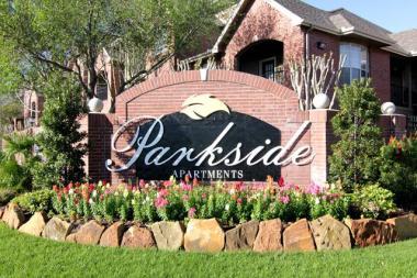 Behringer Harvard Acquires 240-Unit Parkside Apartment Community in Houston Metro Area