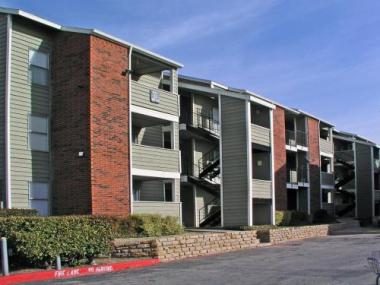 Virtus Real Estate Capital Acquires Two Multifamily Housing Communities Totaling 748-Units in Dallas