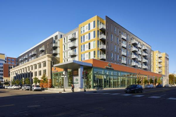 JLL Income Property Trust Acquires 254-Unit Luxury Apartment Community in Downtown Saint Paul