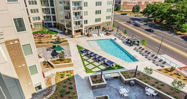JLL Income Property Trust Acquires 230-Unit Apartment Community in Charlotte, North Carolina