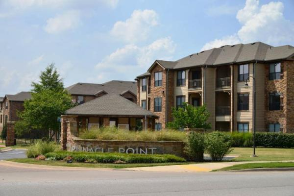 Balfour Beatty and Block Multifamily Group Acquire Northwest Arkansas Apartment Community