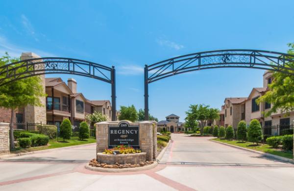 MIG Real Estate Acquires 301-Unit Luxury Apartment Community in McKinney, Texas