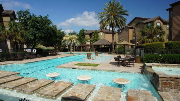 Olympus Property Acquires 624-Unit Renaissance Village at Shadow Lake in Houston, Texas